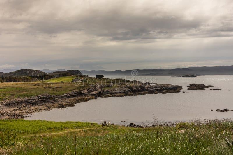 Entrada de Oceano Atlântico em Mellon-Charles, nanowatt Escócia imagem de stock
