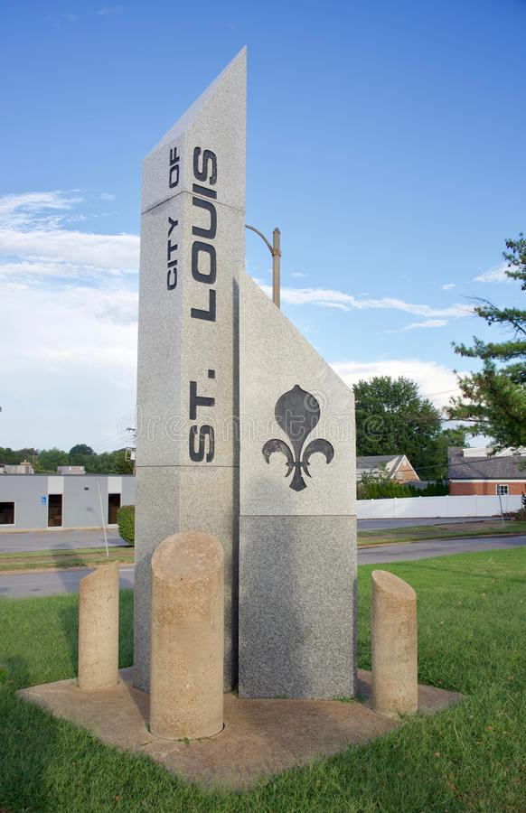Entrada de St Louis, Missouri ao oeste foto de stock royalty free
