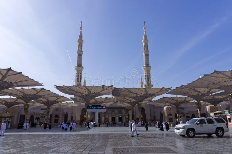 Entrada del Al Nabawi de Masjid (mezquita) en Medina imagen de archivo libre de regalías