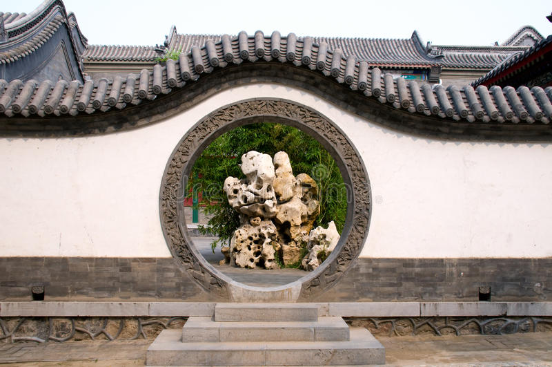 Entrada del círculo del jardín chino fotos de archivo