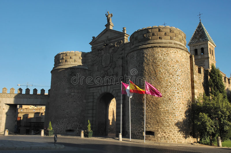 Entrada del castillo imagen de archivo libre de regalías
