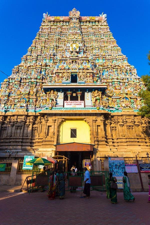 Entrada del este de la torre del templo de Madurai Meenakshi Amman foto de archivo