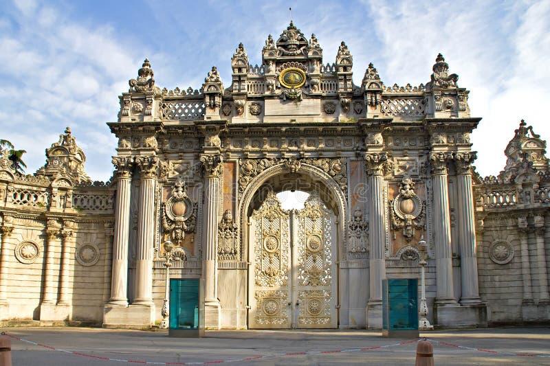 Entrada del palacio de Dolmabahce foto de archivo libre de regalías