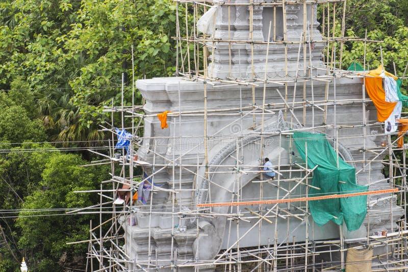 Download Entrada Del Templo Bajo Construcción Imagen de archivo - Imagen de restauración, trabajador: 42438111