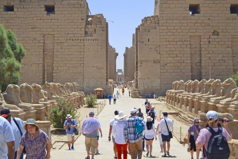 Entrada del templo de Karnak foto de archivo libre de regalías