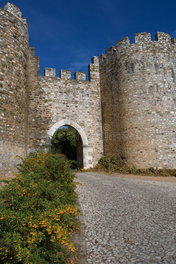 Entrada do castelo fotografia de stock royalty free