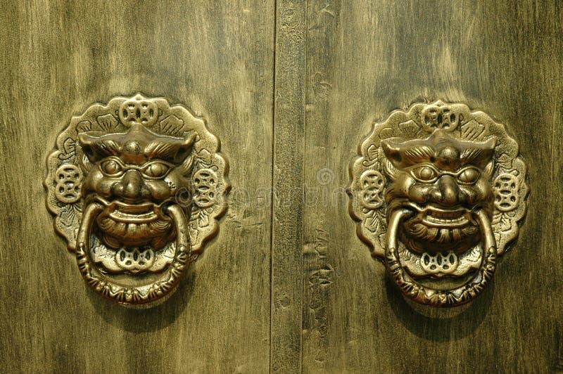 Entrada do dragão ou do leão foto de stock royalty free