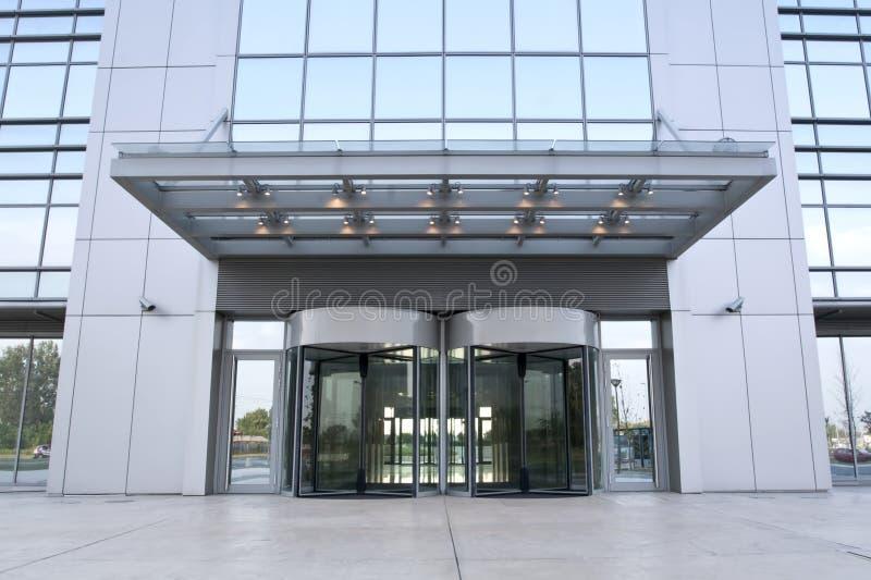 Entrada do edifício do negócio foto de stock royalty free