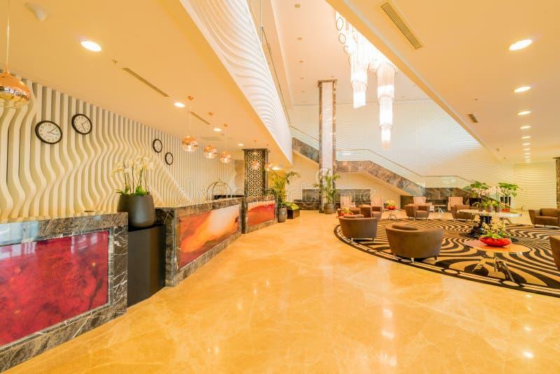 Entrada do hotel com projeto moderno foto de stock