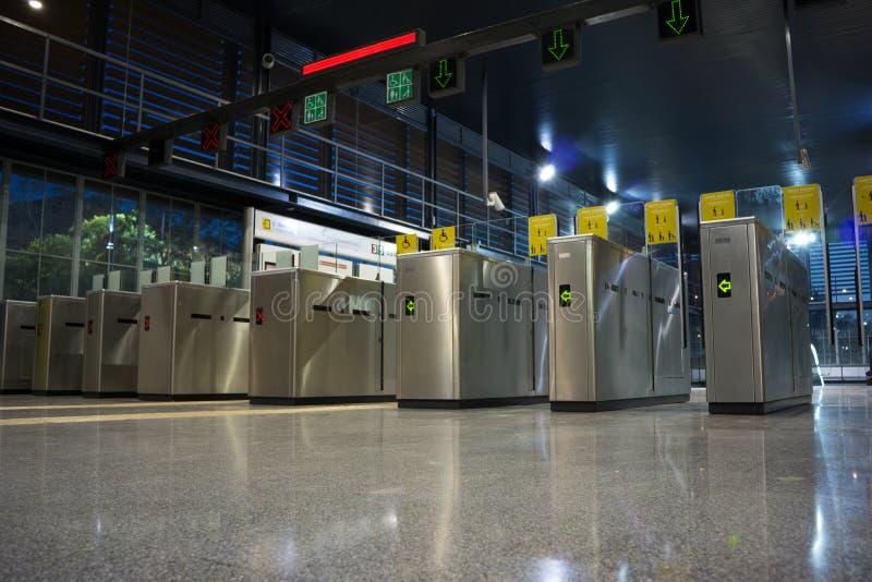 Entrada do metro fotos de stock royalty free