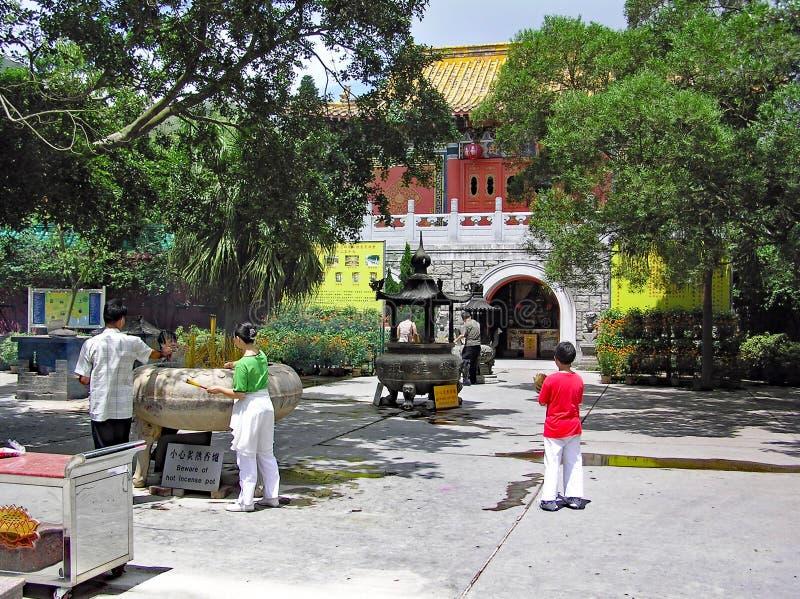 entrada do Po Lin Monastery na ilha de Lantau Hong Kong fotos de stock royalty free