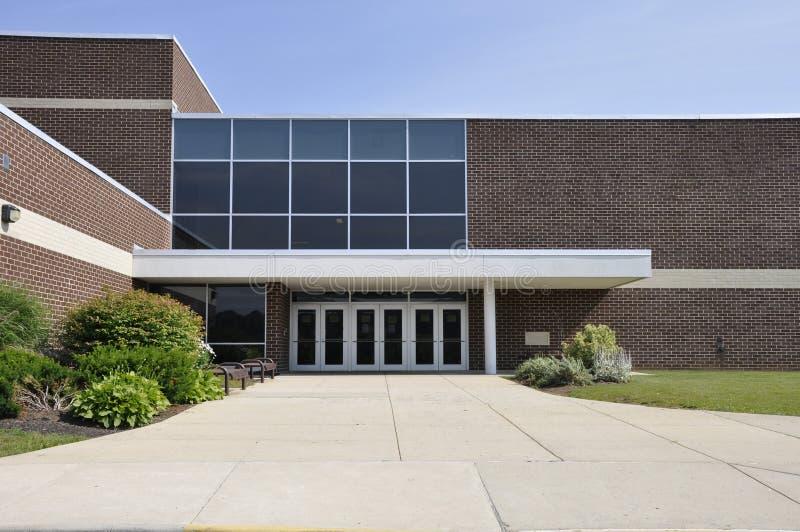 Entrada do prédio da escola fotografia de stock royalty free