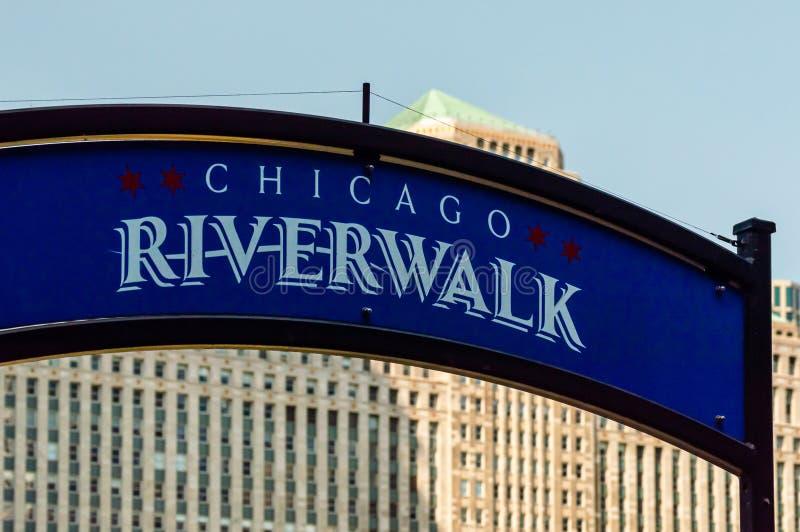 Entrada do sinal de Chicago Riverwalk informa??o fotografia de stock royalty free
