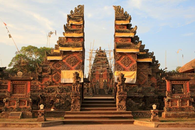 Entrada do templo de Bali foto de stock