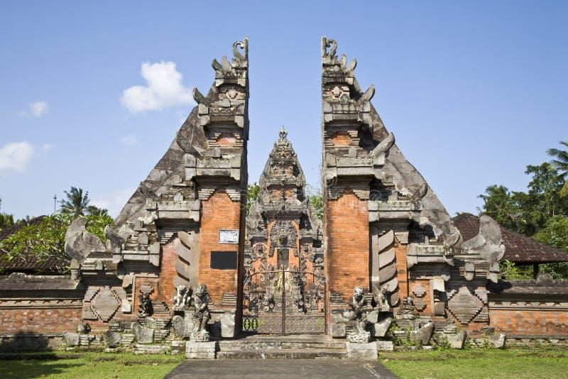 Entrada do templo de Bali imagens de stock royalty free