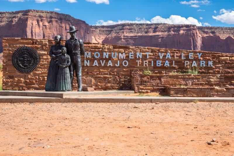 Entrada do vale do monumento, Utá, EUA foto de stock royalty free