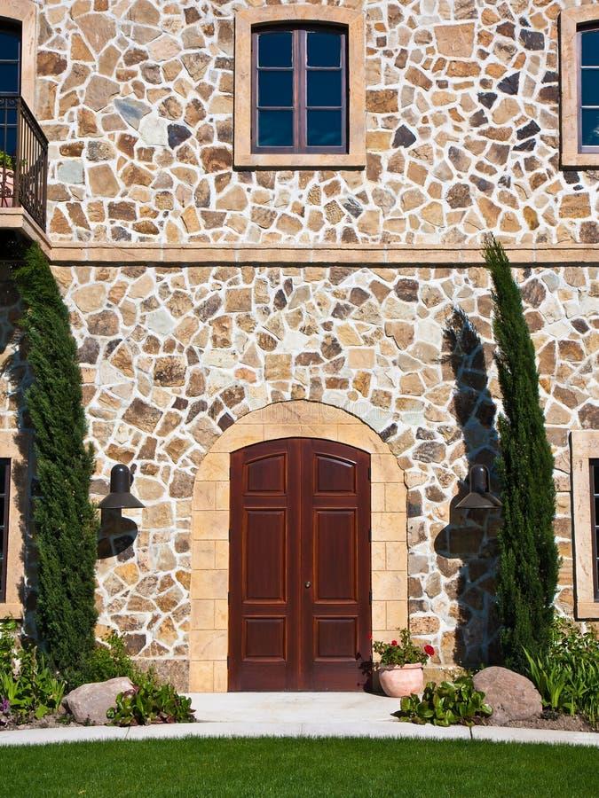 Entrada elegante da mansão em Napa Valley foto de stock royalty free