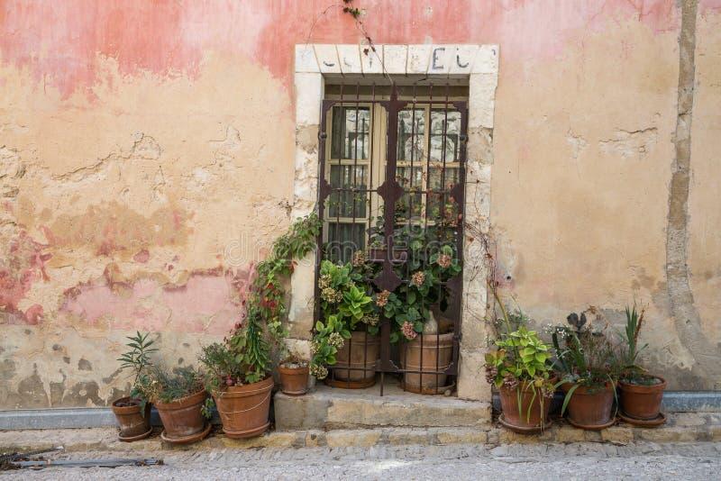 Entrada francesa em Provence foto de stock royalty free