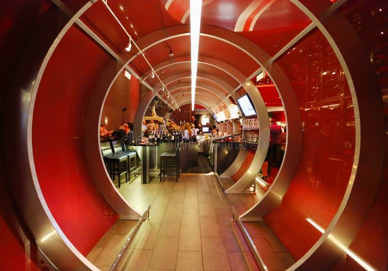 Entrada a Gordon Ramsey Steak House Restaurant no hotel e no casino de Paris em Las Vegas imagens de stock royalty free