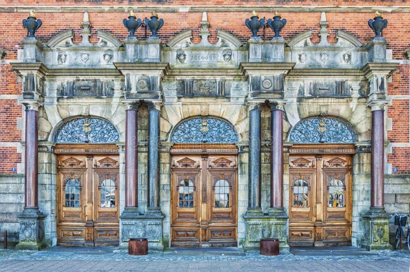 Entrada grande da estação de Helsingor foto de stock royalty free