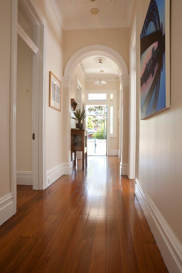 Entrada interior do corredor imagens de stock royalty free