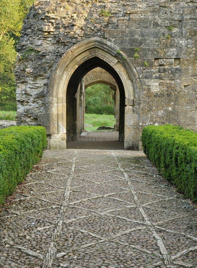 Entrada a la iglesia de monasterio Lovell Hall imagen de archivo libre de regalías