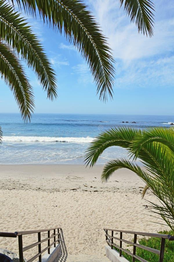 Entrada a la playa principal, Laguna Beach fotos de archivo libres de regalías