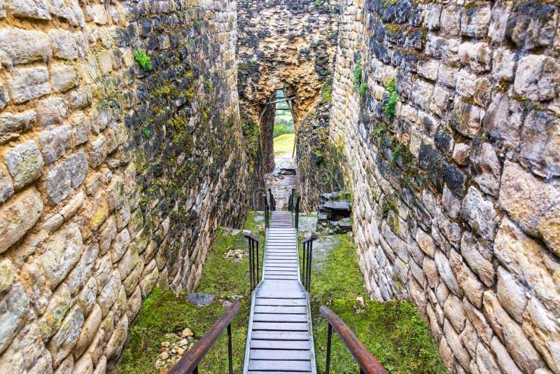 Entrada a las ruinas de Kuelap imagen de archivo libre de regalías