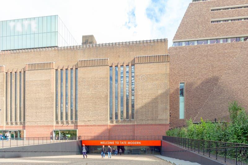 Entrada moderna do museu de Tate fotografia de stock royalty free