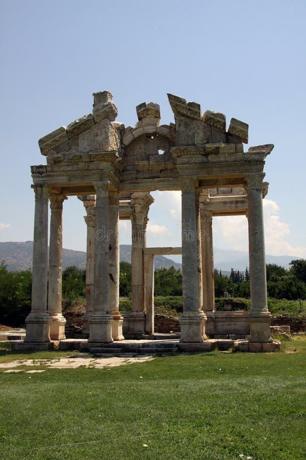 Entrada monumental em Aphrodisias imagens de stock royalty free