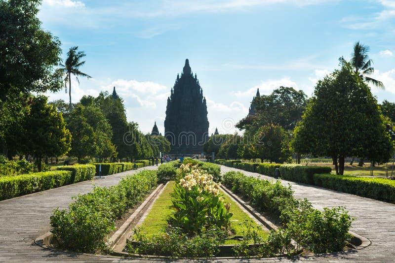 Entrada no templo Hindu Prambanan. Yogyakarta, Java, Indonésia foto de stock royalty free