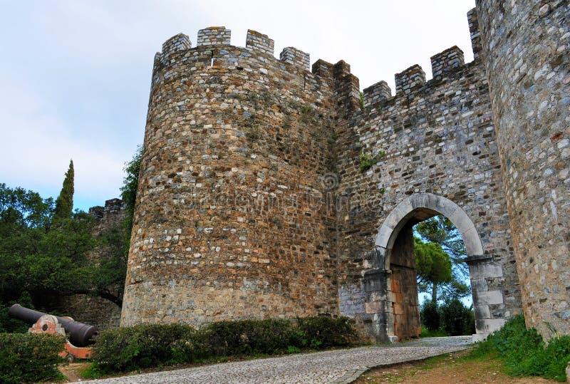 A entrada principal do castelo imagem de stock