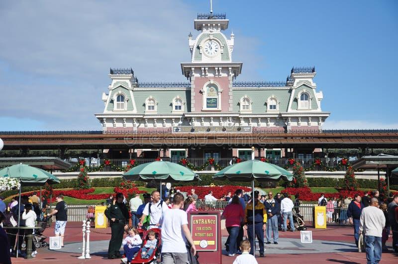 Entrada principal do reino mágico de Disney imagens de stock