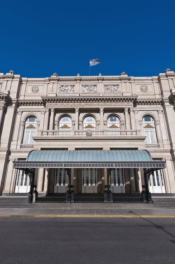 Entrada principal do teatro dos dois pontos em Buenos Aires foto de stock
