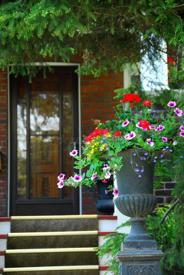 entrance house στοκ εικόνες με δικαίωμα ελεύθερης χρήσης