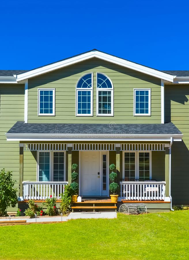 Free Entrance Of Residential House With Door Steps In Front And Blue Sky Background Royalty Free Stock Image - 146521816
