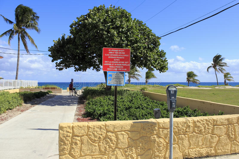 Entrance to Pompano Beach, Florida. POMPANO BEACH, FLORIDA - FEBRUARY 1: The population of this coastal city was estimated in 2012 to be 102,984 of which about stock image