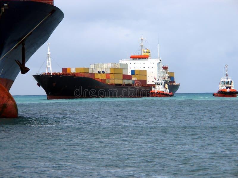 Entrando o navio 2 fotos de stock royalty free