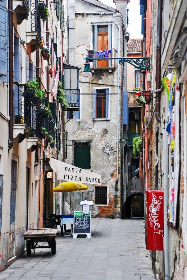 Entrata ad un ristorante a Venezia, Italia fotografia stock libera da diritti