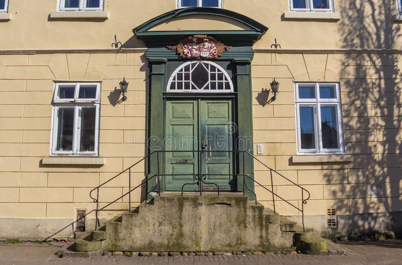 Entrata ad una vecchia casa nel centro storico di Verden fotografia stock