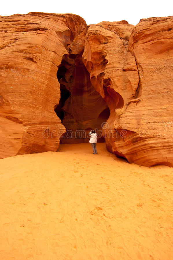 Entrata al canyon superiore dell'antilope (scanalatura) in pagina, Arizona immagini stock