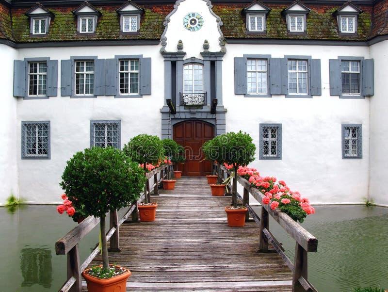 Entrata al castello Bottmingen, Svizzera fotografie stock libere da diritti
