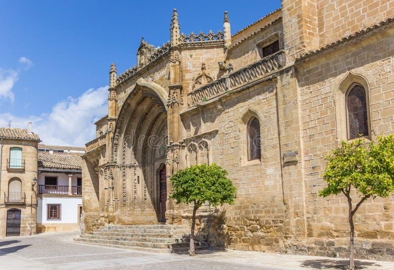 Entrata alla chiesa di San Pablo a Ubeda fotografia stock libera da diritti