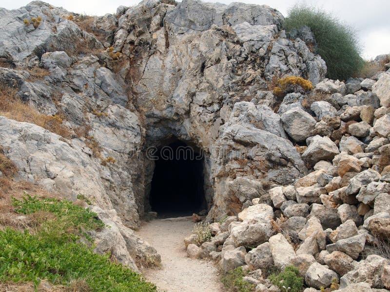 Entrata alla costruzione con le pietre nella fortezza di Fortezza, la città greca di Rethymno fotografia stock libera da diritti