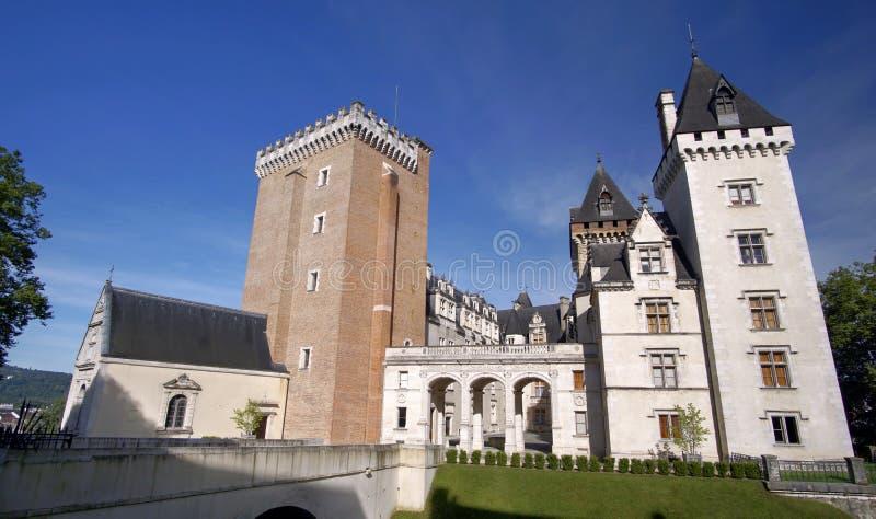 Entrata del castello di Pau, Pirenei Atlantiques, l'Aquitania, Francia fotografia stock