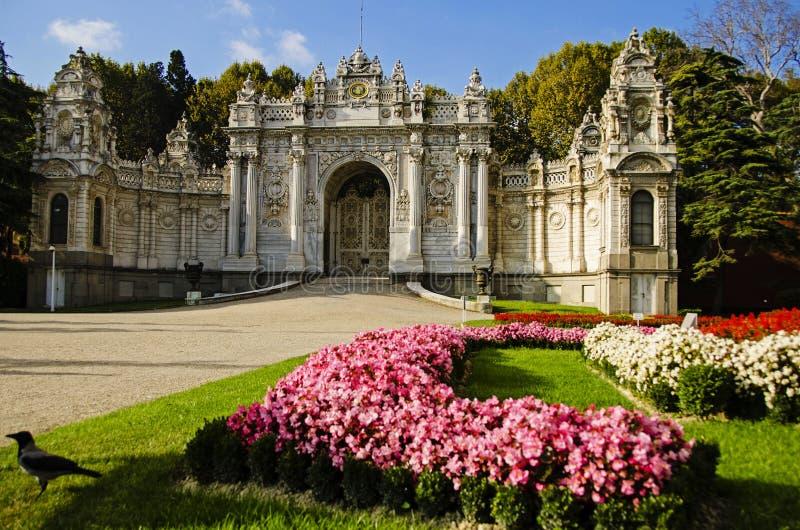 Entrata del palazzo di Dolmabahce immagine stock