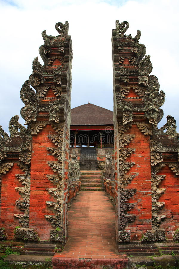 Entrata del tempiale del Bali immagine stock libera da diritti