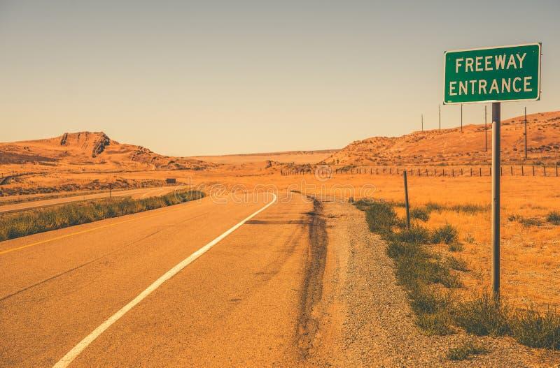 Entrata dell'autostrada senza pedaggio immagini stock libere da diritti