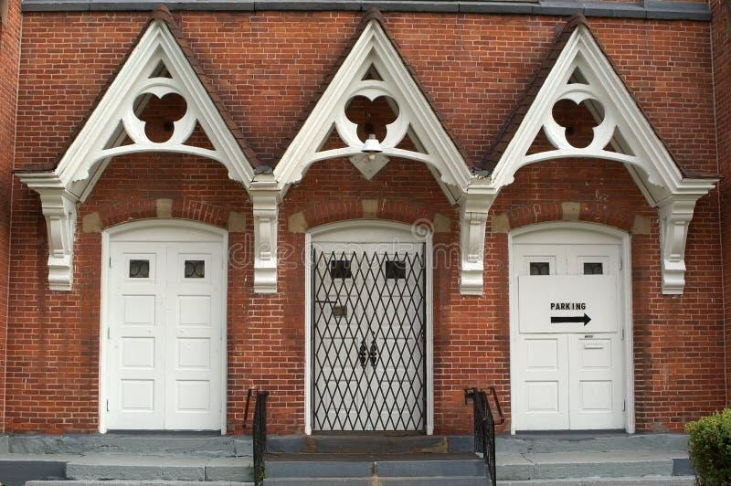 Entrata della chiesa fotografie stock