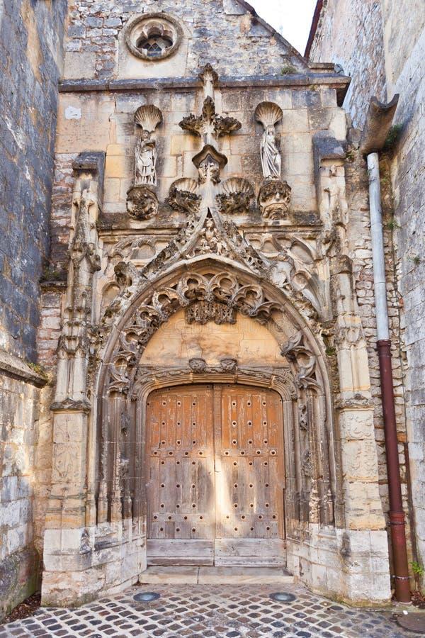 Entrata della chiesa trasversale santa (1154) in Provins, Francia immagine stock